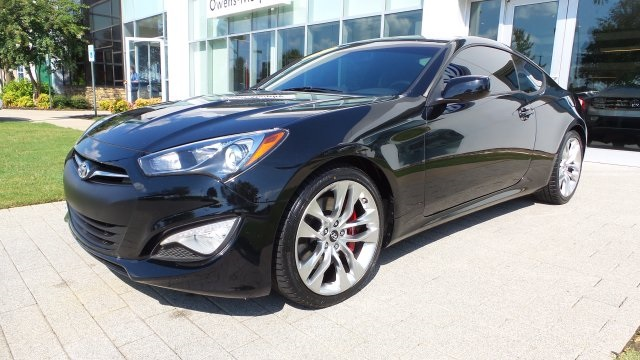 Pre Owned 2014 Hyundai Genesis Coupe 2.0T R Spec
