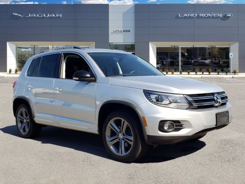 Pre-Owned 2017 Volkswagen Tiguan Sport With Navigation